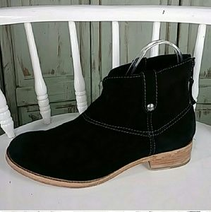 Johnson and Murphy black suede leather ankle boot